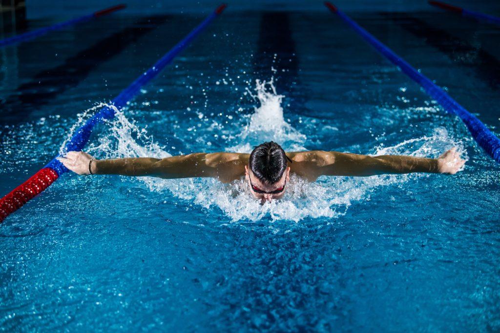 spalla nel nuoto